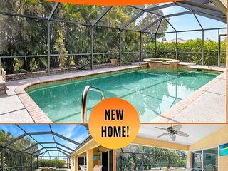 33% OFF! SWFL Rentals - Villa Vienna - Charming Salwater Pool Home with Spa in N