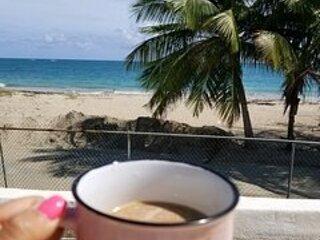 San Juan Area 4 bdrm Beach House and CAR DEAL!, holiday rental in Canovanas