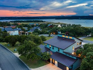 New Listing! Lakeview home on Lake Travis