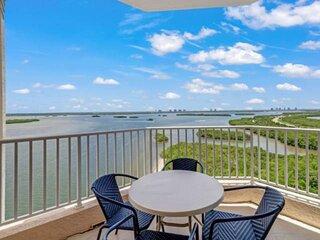 Stunning Lovers Key Resort Penthouse! Amazing View! Resort Pool, Hot Tub, Beach
