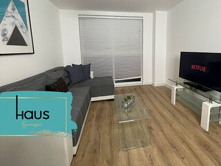 Haus Apartments Birmingham 1 Bed with Parking