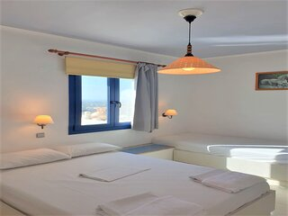 Private place with its own facilities and breeze  of the Sea (Adults Only)