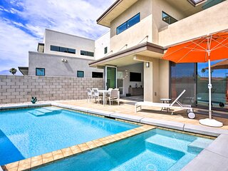NEW! Sleek Townhome w/ Private Pool, Gym, & More!