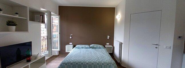 Recently renovated Studio near Metro Station BRENTA, holiday rental in Pieve Emanuele