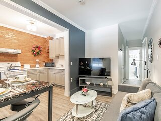 Upscale 2BR with King Bed - Brand New - Prime Location!