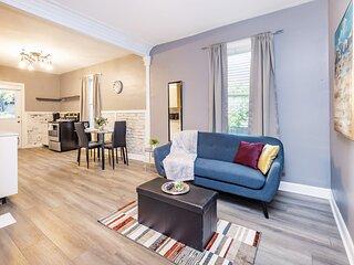 Newly Renovated, Modern 3BR Apartment - Prime Walk Score!