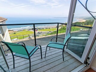 Clifton Court Apt 23 with Seaviews & Heated Pool