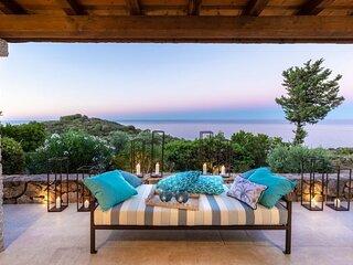 Porto Ottiolu Villa Sleeps 4 with Air Con and WiFi - 5894682