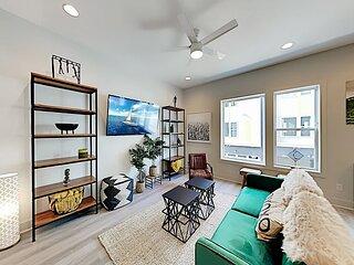 Designer Delight | Instagram-Worthy Rooftop Deck | Smart TVs, Garage
