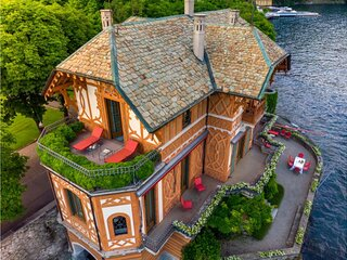 Live on the most exclusive area of the lake como in this 18th Century Villa
