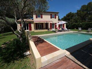 LS7-383 FALABREGUIÉ - Agréable maison de vacances pour 8 personnes en Provence
