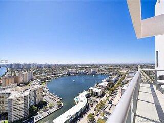 2BR 2B Penthouse, 2-story terrace, pool, gym, ocean views at BeachWalk Resort!