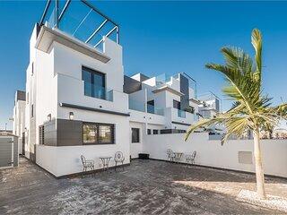 VDE-021 Fantastic townhouse 500 m from beach in Torre de la Horadada