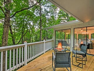 NEW! Luxe Sky Valley Golf Resort Home w/ 3 Decks!