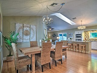 NEW! Stylish Palm Harbor Escape w/ Outdoor Oasis!