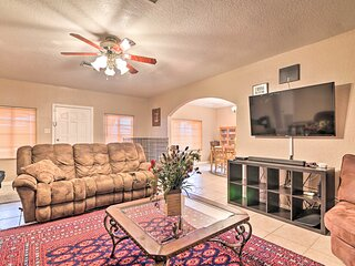 NEW! Auburndale House w/ Private Porch & Gas Grill