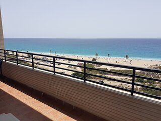 Apartamento primera linea playa paraiso.