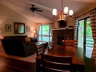 'Tree House' Condo--4th Night Free--Near Ski Lodge--2021 Renovation