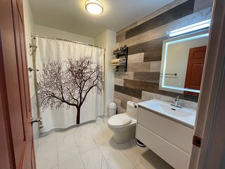 Multiple-listing Cottage