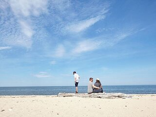 2BR North Fork Southold Private Cottage Beach steps to beach 10minGreenport