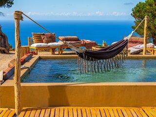 TERRE DI BEA ROMANTIC COTTAGE BY THE SEA ,   2 BEDROOM 2 BATH PRIVATE POOL