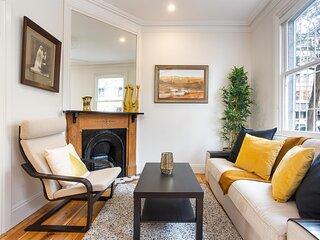 Modern CBD Heritage-Listed Victorian Terrace House