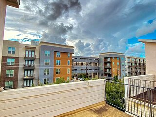 ★Lux 4 Story Home★Downtown Houston★Rooftop Patio