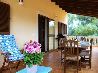 Na Corassina is a beautiful country house with a swimming pool, located in a pri