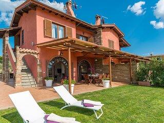 La Desdemona Wonderful Villa with pool and beautiful view in Sutri