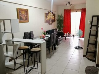 Remarkable 2-Bed Apartment in Pasig