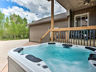 NEW! Bright Home w/ Fire Pit, 22 Mi to Park City!