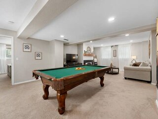 New!!!..The Layover in Littleton....Hot Tub...Pool Table!!!