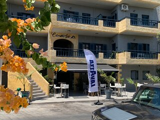 05 Achilleus - Christou Apartments