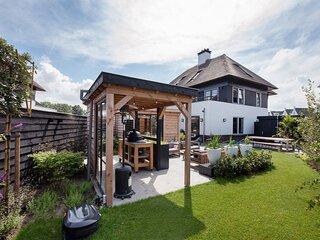 Relaxed Home with bbq near beach Den Haag