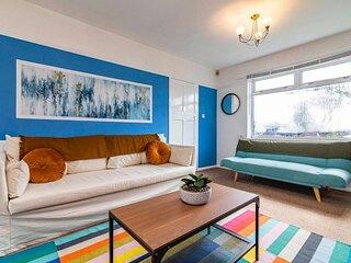 TruStay Apartments Nottingham - Spacious & Stylish Three-Bedroom Serviced House