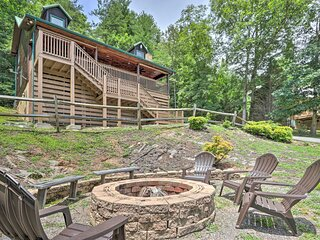NEW! Scenic Mtn Retreat: Hot Tub, Fire Pit & Grill