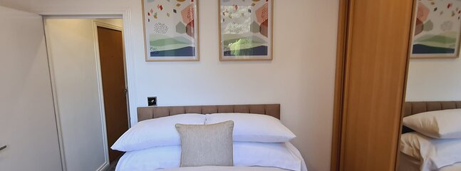 Luxury Apartment in Edgbaston, Birmingham, vacation rental in Sandwell