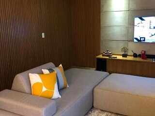 Apartamento super legal com 3 dormitorios no decimo terceiro andar com uma vista