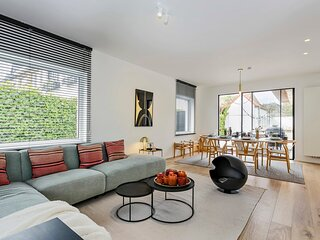 Beautifully renovated house for 8 persons with sunny-garden in Knokke