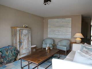 Charming sunny duplex apt with 2 large terraces and private parking in Knokke