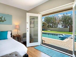 Casa Buena Vista Guest Studio VIEWS, PRIVACY, PRIVATE POOL, HOT TUB on 2.5 ACRES