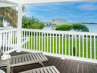 Beach House 97 at Duck Key 2 bedrooms 2 bath Open water Views