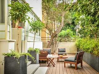 City Living at Tel Aviv's Famous Rothschild Boulevard