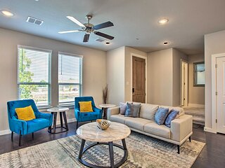 NEW! Newly Built Townhome ~ 3 Mi to Historic Dtwn!