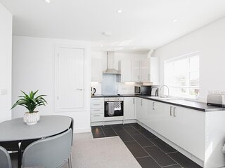 NEW 2BD Pontact Flat in the Heart of Didcot