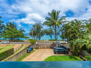 Work & Play across from Perfect North Shore Beach