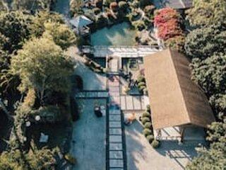 LUXURIOUS Tiny House & KOI GARDEN Experience! ☘, vacation rental in Princeton