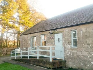 Waterside Cottage - UK7171