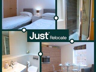 Just Relocate - Dearlove Place