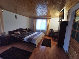 Rooms for rent - Nona Highland Home